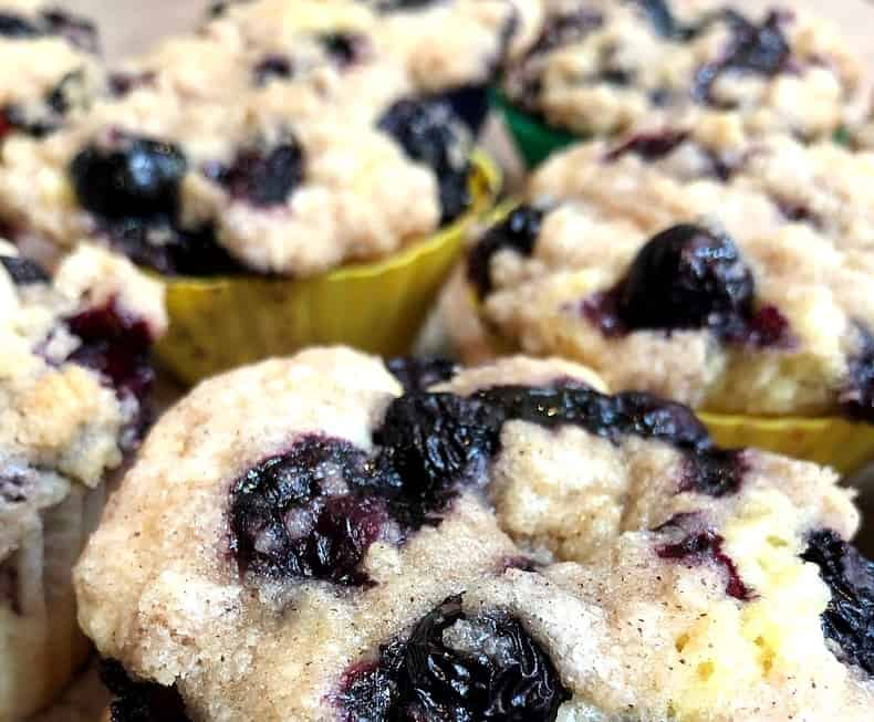 blueberry buckle cupcakes 2