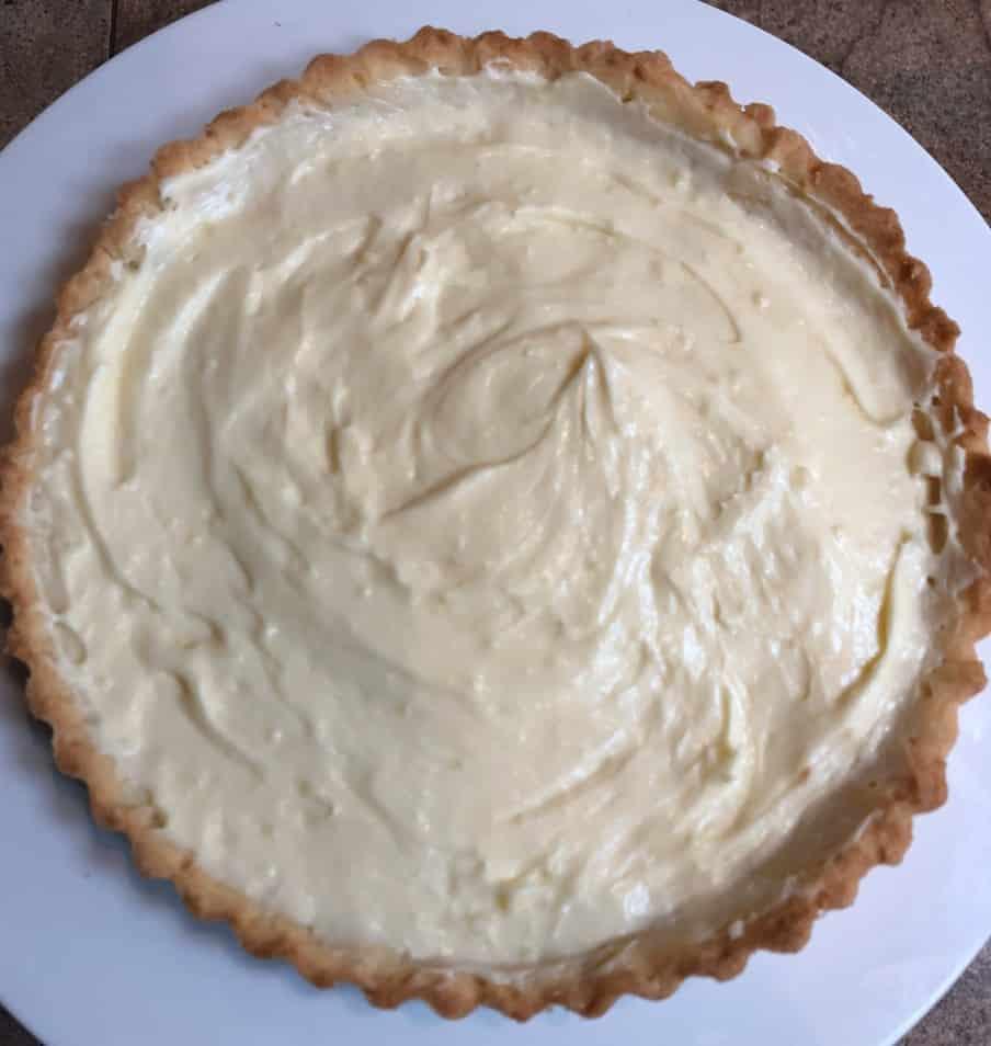 tart shell with tart cream