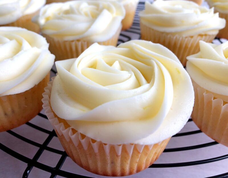 lavender cupcakes with lemon buttercream