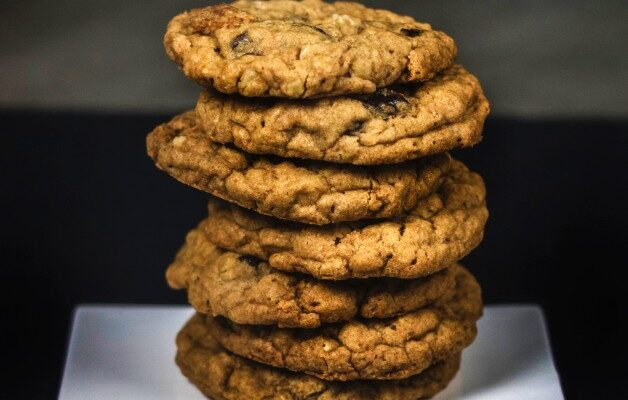 Healthy Oatmeal Chocolate Banana Cookies
