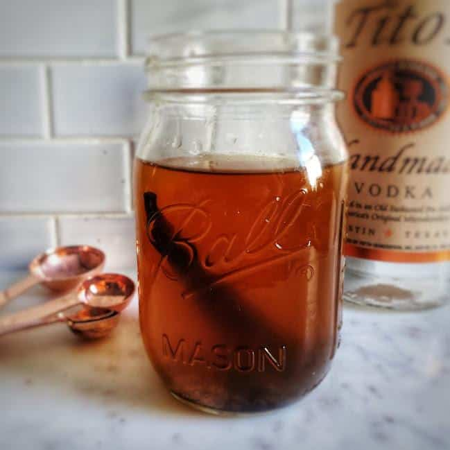 instant pot vanilla extract in a jar