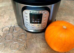 6 qt Instant Pot, metal trivet and sugar pumpkin
