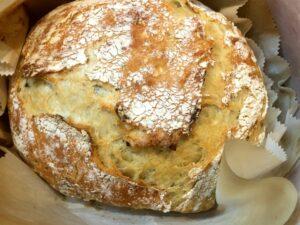 baked no-knead rosemary bread