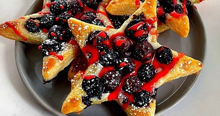 Blueberry Puff Pastry Stars