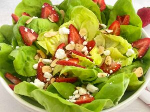 butter lettuce with strawberries, almonds and goat cheese