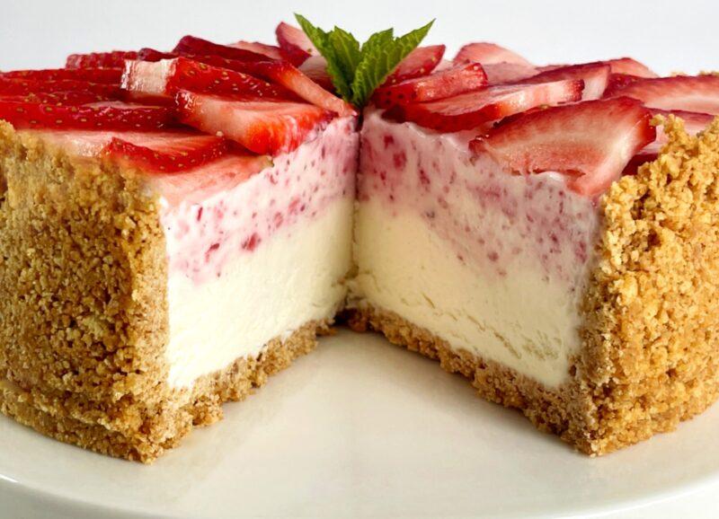 the inside of a strawberry ice cream pie