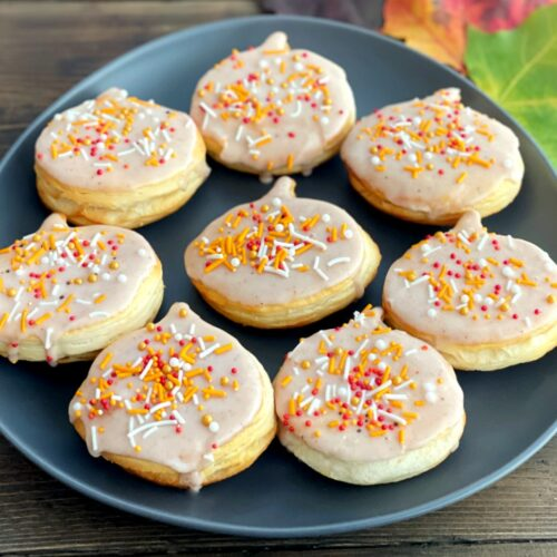 air fried donuts with pumpkin spice frosting
